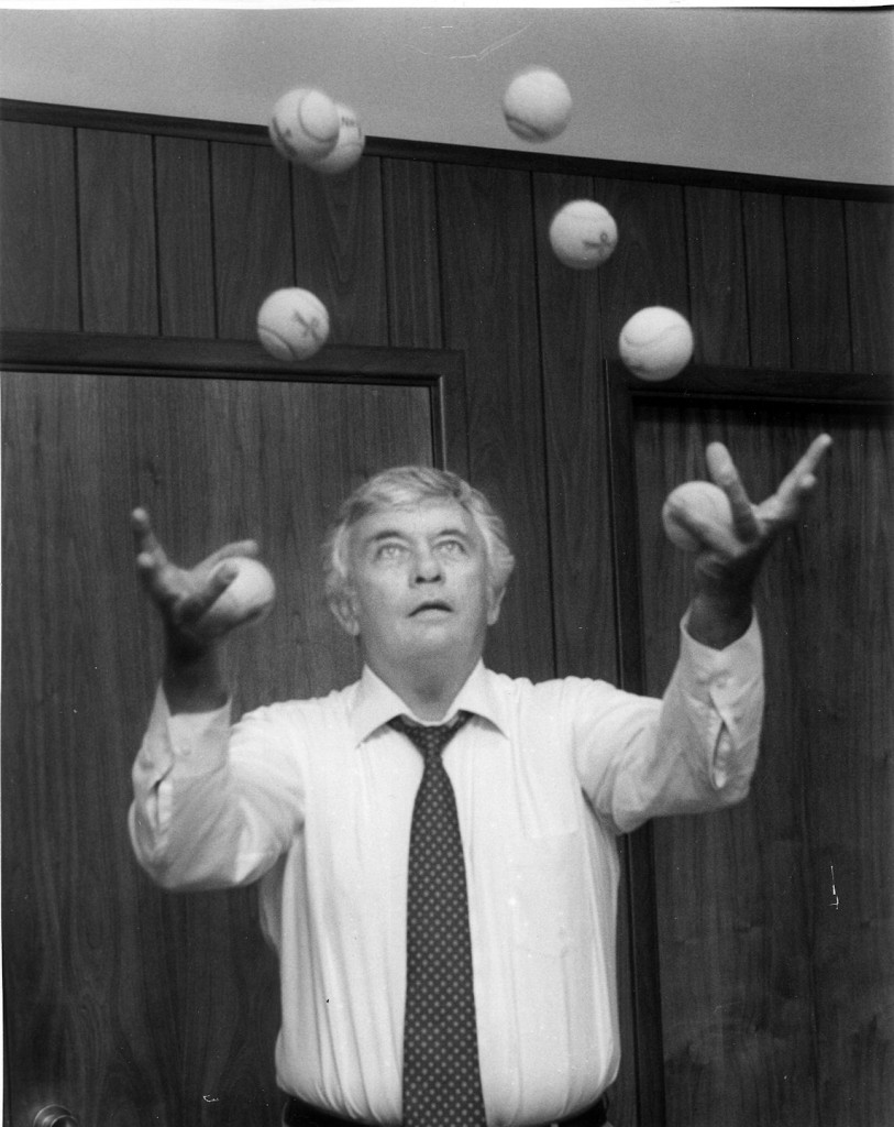 picture of Jim juggling balls
