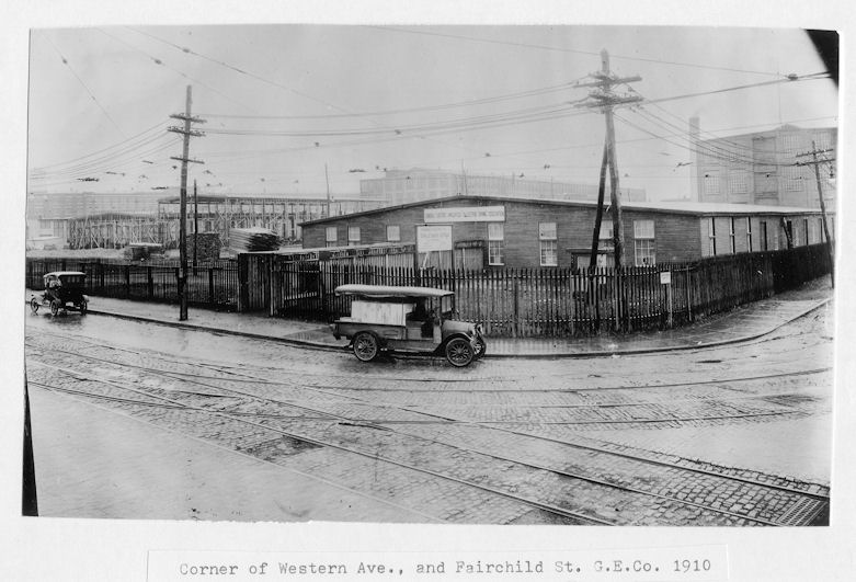 picture of corner of Western Ave and Fairchild St. 1910